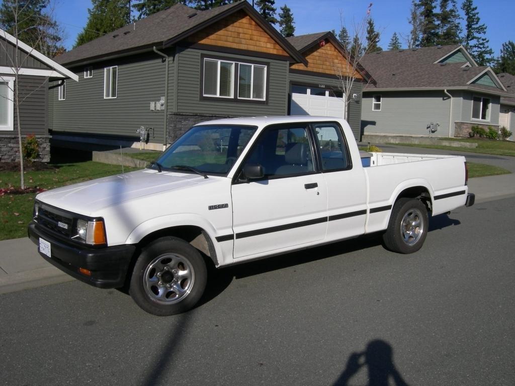 tpaulhs 1991 Mazda B Series Truck photo