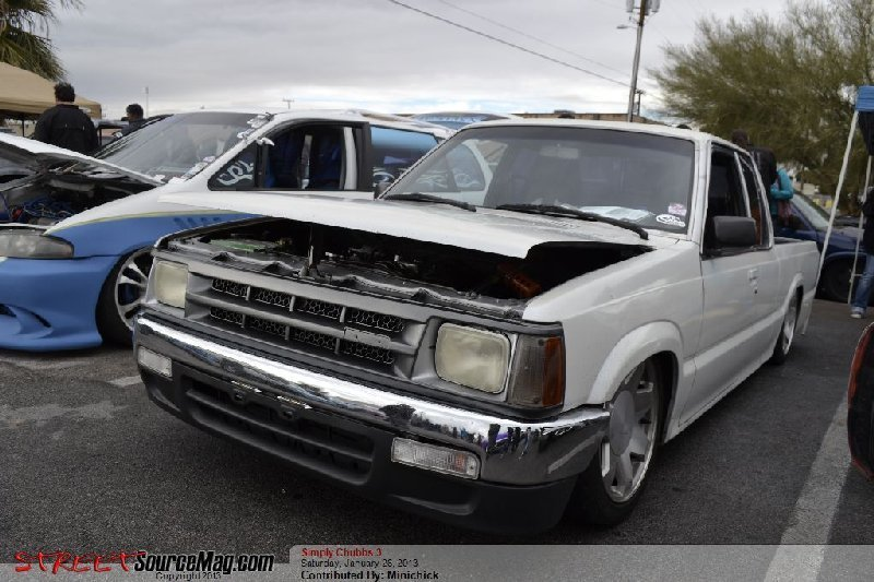 jhumpy426s 1987 Mazda B Series Truck photo