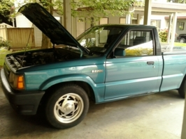 jjhells 1993 Mazda B Series Truck photo thumbnail