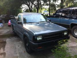 zackarytucker87s 1993 Mazda B Series Truck photo thumbnail