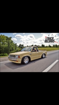mrkcrowleys 1990 Mazda B Series Truck photo thumbnail