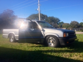 thedave904s 1991 Mazda B Series Truck photo thumbnail
