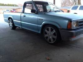 amj1992s 1987 Mazda B Series Truck photo thumbnail