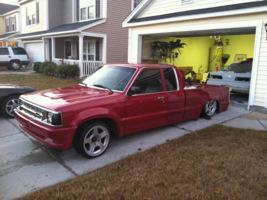 lowryder85s 1992 Mazda B Series Truck photo thumbnail
