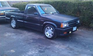alittlelows 1988 Mazda B Series Truck photo