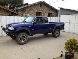 misterowls 2003 Mazda B Series Truck photo thumbnail