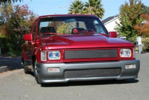truck actions 1988 Toyota Hilux photo thumbnail