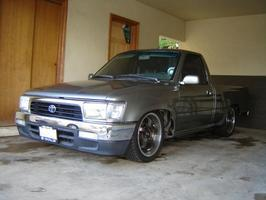 sickyota 808s 1989 Toyota Hilux photo thumbnail
