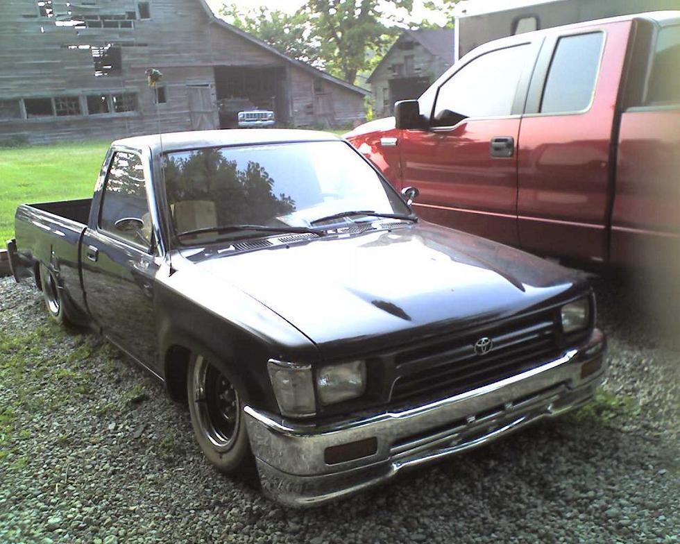 mr.eds 1993 Toyota Hilux photo