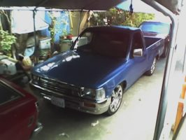 95toyotas 1995 Toyota Hilux photo thumbnail