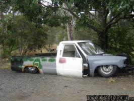 Low toys 1987 Toyota Hilux photo thumbnail