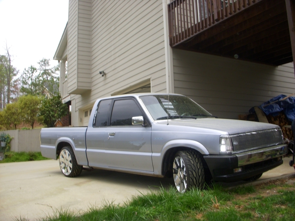 90-b22dawg [andrew]s 1990 Mazda B Series Truck photo