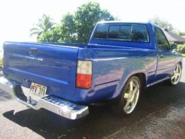 ogtoys 1993 Toyota Hilux photo thumbnail
