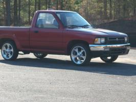 minidragns 1994 Toyota Hilux photo thumbnail