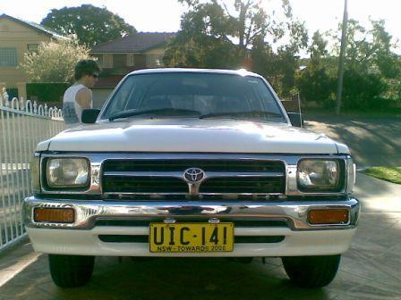 moody_shireboys 1996 Toyota Hilux photo