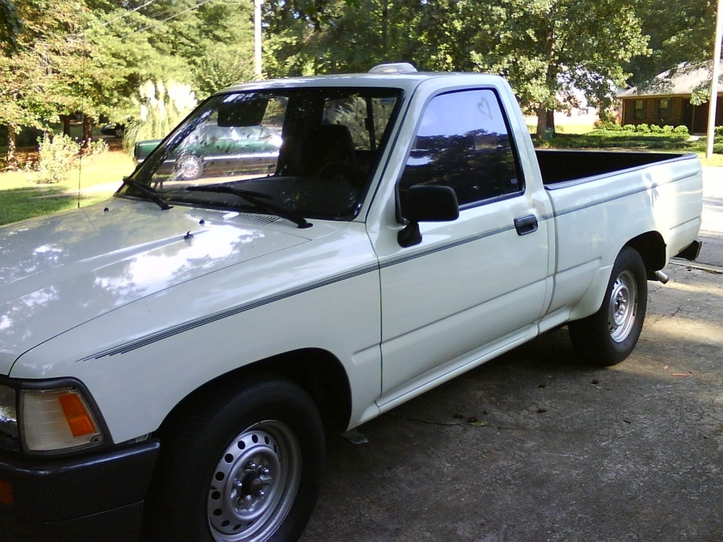 95yotas 1995 Toyota Hilux photo