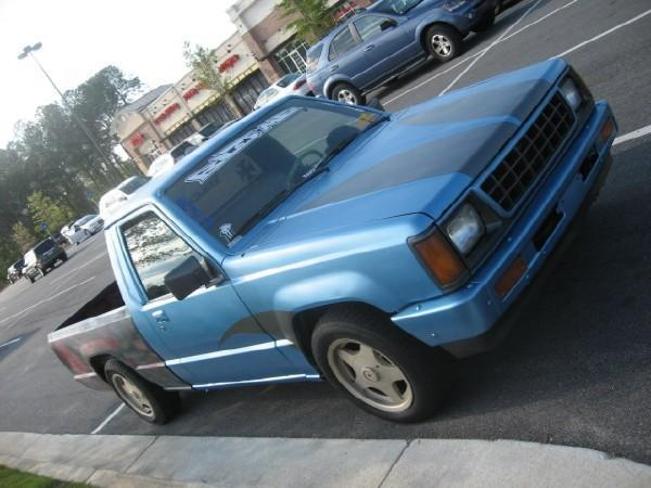 in2deeps 1992 Dodge D50 photo