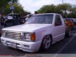 hyphybishis 1989 Mitsubishi Mighty Max photo thumbnail