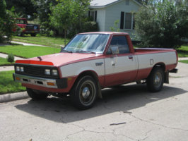 jpsillyguys 1984 Dodge D50 photo thumbnail