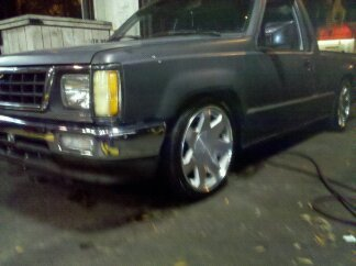 chicos 1987 Dodge D50 photo