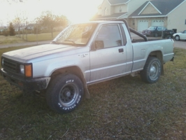 jackhams 1988 Dodge D50 photo thumbnail