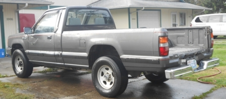 ramparkers 1987 Dodge D50 photo thumbnail