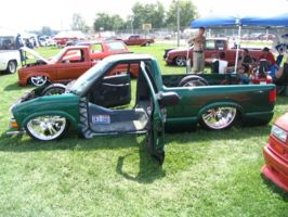 tofnlows10s 2000 Chevrolet S10 photo thumbnail