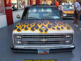 2dadoorzs 1985 Chevrolet C3500 photo thumbnail