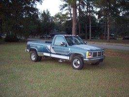 nvrdoned50s 1990 GMC Sierra photo thumbnail