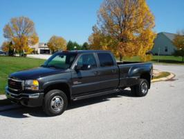 drgnbyus 2003 GMC Sierra photo thumbnail
