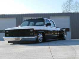 low1tons 1988 Chevrolet R30 photo thumbnail