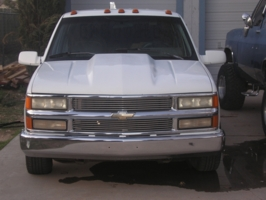 sixshooters 1993 Chevrolet C3500 photo thumbnail