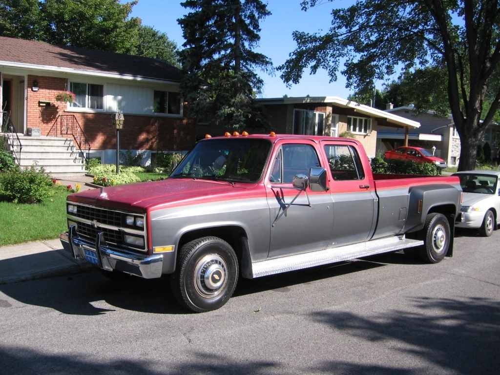 badhaulers 1989 Chevrolet C3500 photo