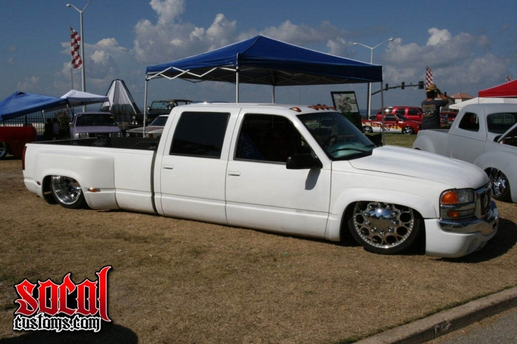 warehousecustomss 2000 Chevrolet C3500 photo