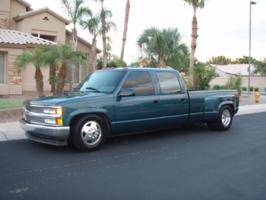 bigtruckpaukies 1993 Chevrolet C3500 photo thumbnail