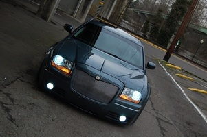 psylents 2005 Chrysler 300 Touring photo thumbnail