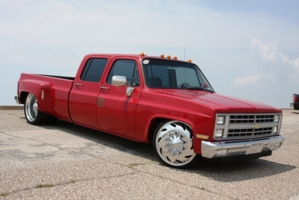 wide load c-30s 1986 Chevrolet C3500 photo thumbnail