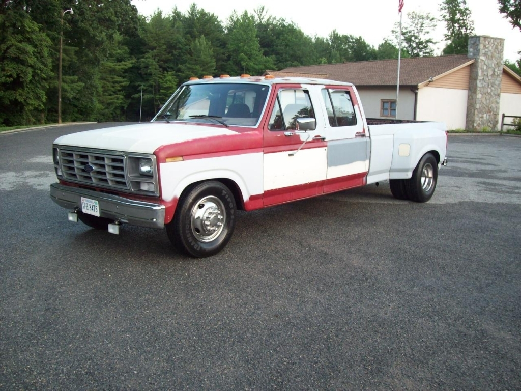 muskratt2s 1985 Ford F Series Light Truck photo