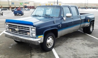 downlows 1986 Chevrolet C3500 photo thumbnail