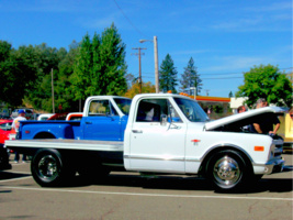 rushnbobos 1968 Chevrolet C3500 photo thumbnail