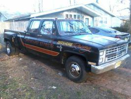 mtpkts85s 1985 Chevrolet C3500 photo thumbnail