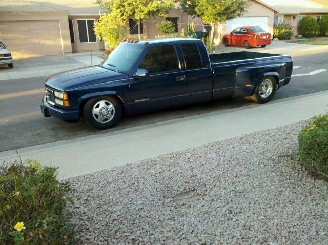 jrepoohs 1995 GMC Sierra photo