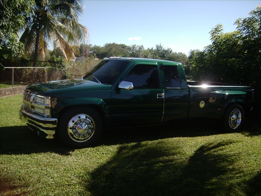 carlos gallerys 1998 Chevrolet C3500 photo