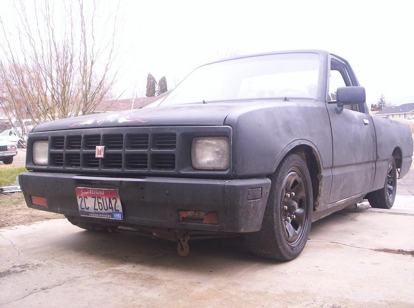 farmer joes 1984 Isuzu Pick Up photo