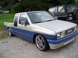 mazdavilles 1988 Isuzu Pick Up photo thumbnail