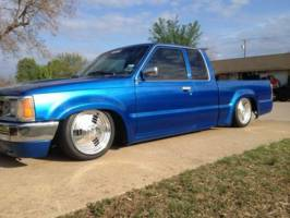 pickup1s 1992 Mazda B Series Truck photo thumbnail