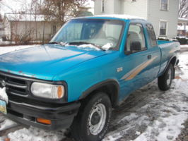 mudpuddle64s 1996 Mazda B Series Truck photo thumbnail