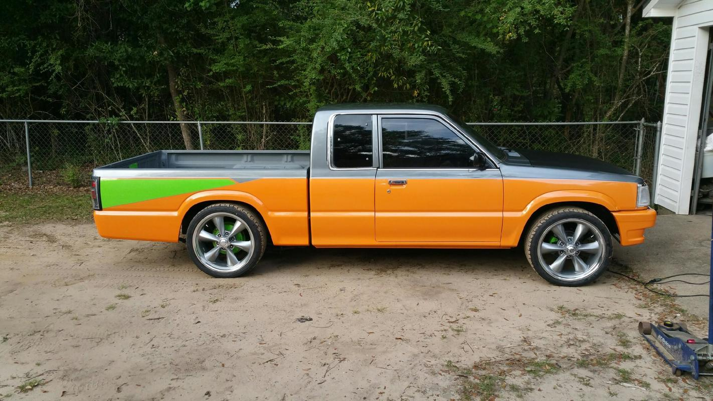 timbs 1989 Mazda B Series Truck photo