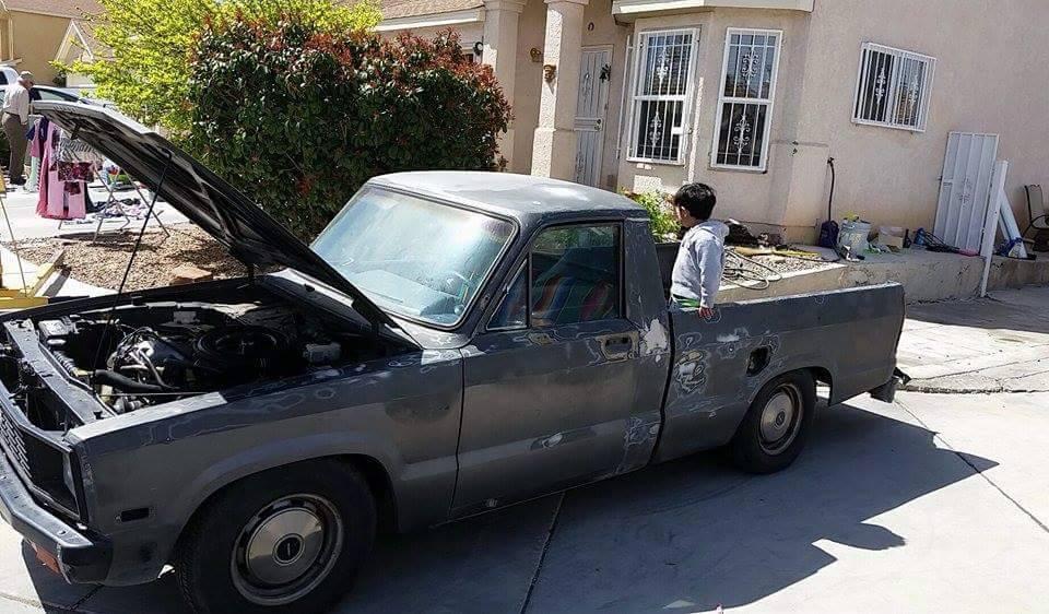 djhs 1983 Mazda B Series Truck photo