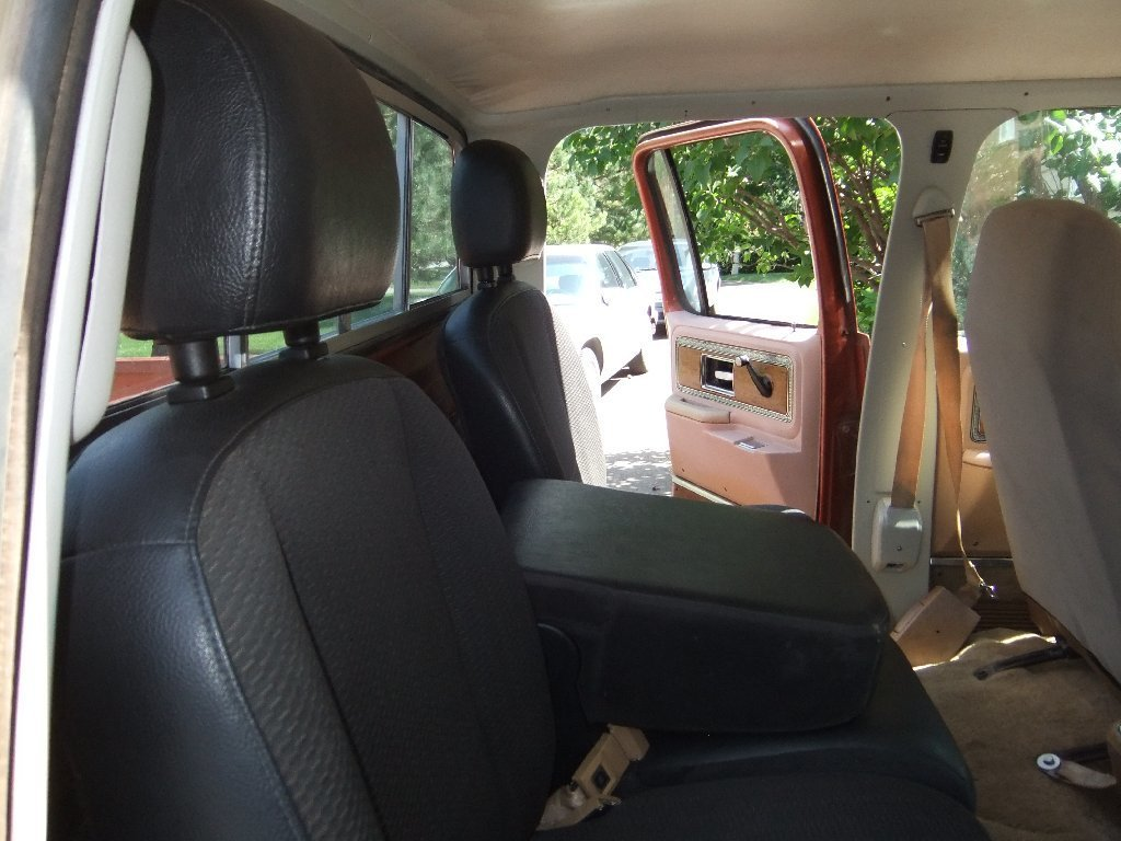 Square Body Crew Cab Back Seat????? - Street Source